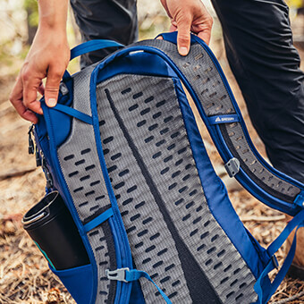 BREATHABLE SUSPENSION - 3D FOAM BACKPANEL FOR OPTIMAL AIRFLOW, AND FULL-LENGTH PERFORATED, CUSHIONED SHOULDER STRAPS FOR BREATHABLE SUPPORT